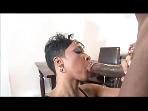 Sweetz - Black MILF